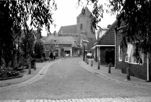 Kerkstraat vanaf korte wal
