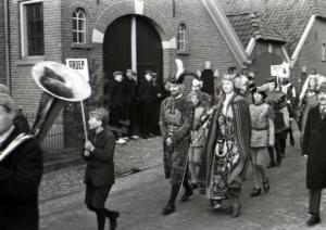 Optocht ter ere van 40 jarig regeringsjubileum van koningin Wilhelmina 1938